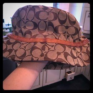 Authentic Coach bucket hat